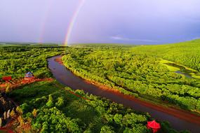 航拍大兴安岭森林河彩虹景观