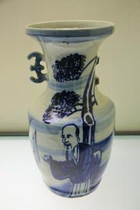 老寿星托桃图掸瓶清代