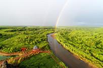 乌尔旗汉国家森林公园河流彩虹