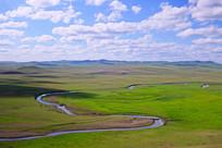 草原绿色牧场河湾