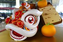 中国传统民俗舞狮雕塑