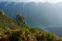 重庆巫山神女峰美丽的秋色
