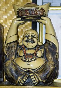 金玉满堂人的雕塑