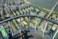 韩国乐天世界-瞭望台及游客