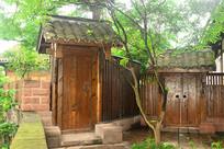 五凤溪古镇中式庭院木门门头
