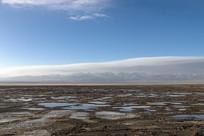 干涸的茶卡盐湖