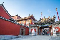 五台山里的寺庙一角