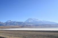 高原雪山湖泊风景