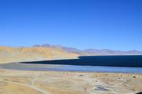 深蓝的湖泊