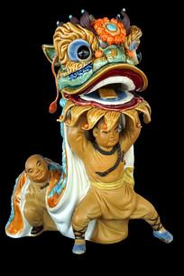 广东佛山陶塑-少年黄飞鸿舞狮