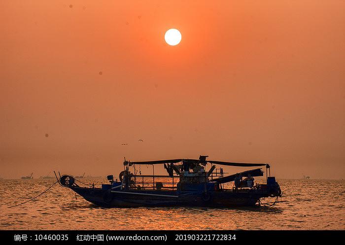 海边夕阳美景-西湾渔舟图片