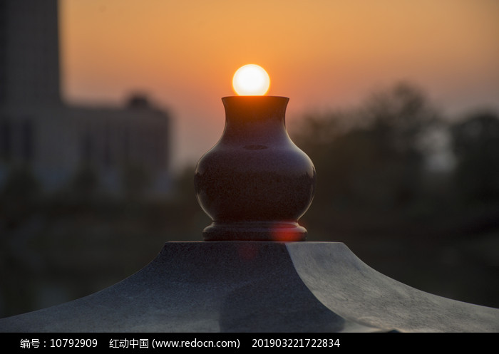 夕阳落壶图片