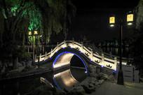 大明湖夜色一角