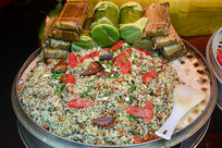 千户苗寨的野菜饭