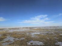 冬日青海湖边风光