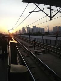 一缕阳光滨海线
