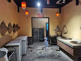 重庆巫山乡村柴火鸡厨房