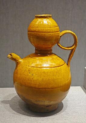 黄釉葫芦形执壶
