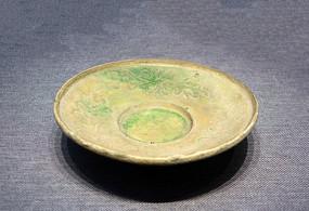 绿釉划花杯托