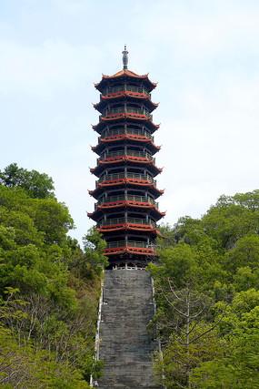 紅花山和明塔