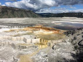 美國黃石公園鈣化池