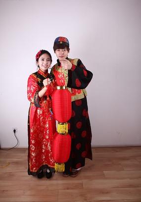 春节人物 打灯笼 拿中国节