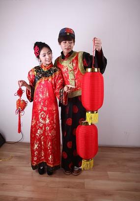古代男女 打灯笼 拿中国结