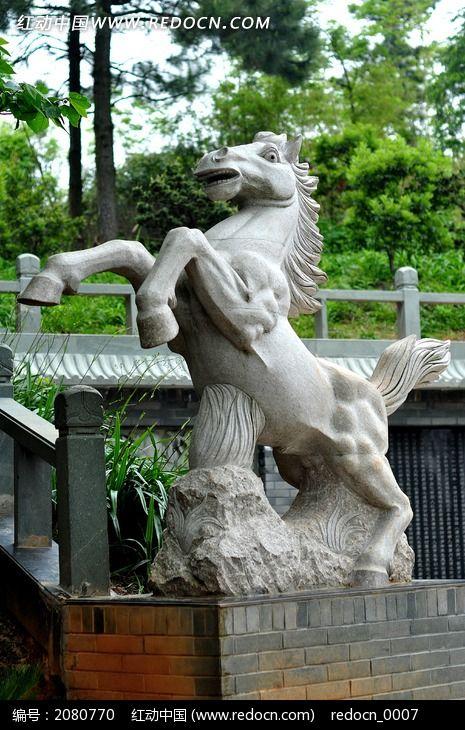 骏马立体雕塑图片