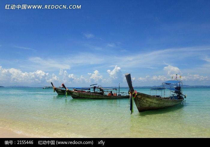 普吉海边小船图片
