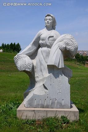 丰收的喜悦人物雕塑