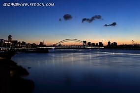 大桥夜景图