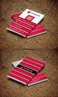 红色竖版名片模板