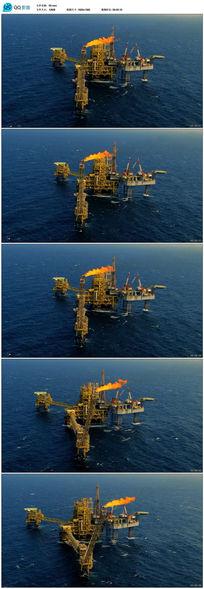 实拍海上炼油视频视频素材