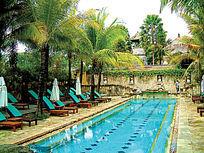 度假酒店长方形图案泳池