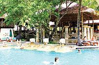 度假酒店深水游泳池