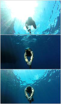 潜水爱好者潜水游泳视频