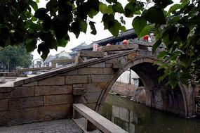 周庄拱形桥洞