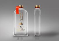 简约透明100ml白酒瓶包装设计