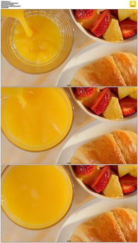 倒果汁实拍视频素材