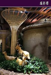餐厅里的小鹿