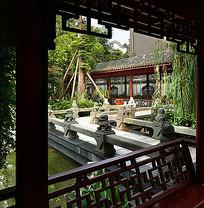 中式传统纹样廊架石狮