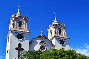 郊区教堂建筑