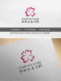 心形花瓣女性服装logo