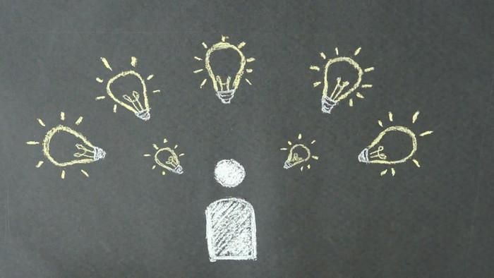 粉笔画画灵感灯泡视频素材