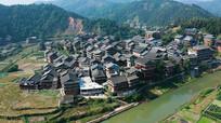 大气航拍侗族村寨自然景观视频素材