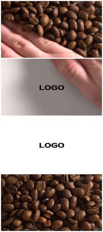 简洁手推开咖啡豆logo视频模板