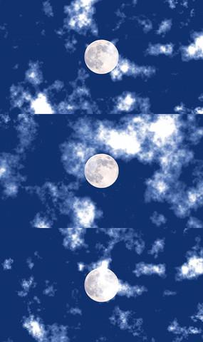 风轻云淡浮圆月视频素材