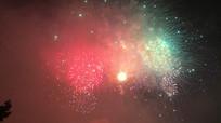 夜晚烟花燃放喜庆节日庆祝视频素材