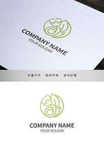 花朵造型医美类品牌标志设计