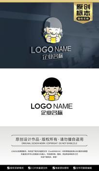 卡通女孩大拇指餐饮美食标志logo